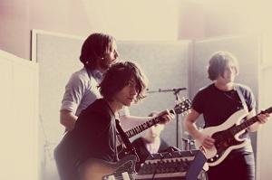 Arctic Monkeys, siempre hacia delante